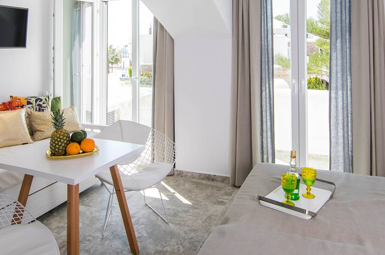 Spiros Naxos Hotel, Superior Suites with Outdoor Hot tub